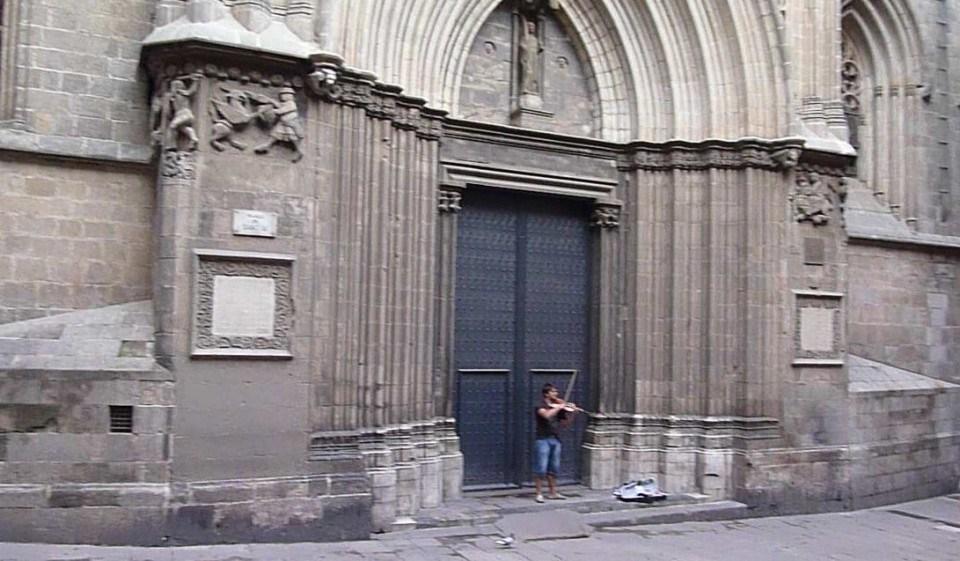 Spain-Barcelona-Sept-2012-Day-3-100-e1443307279562