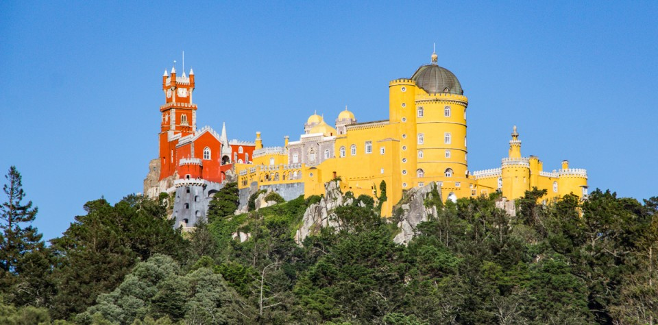 Sintra, Portugal: 1,000 Years of History in 1 Day