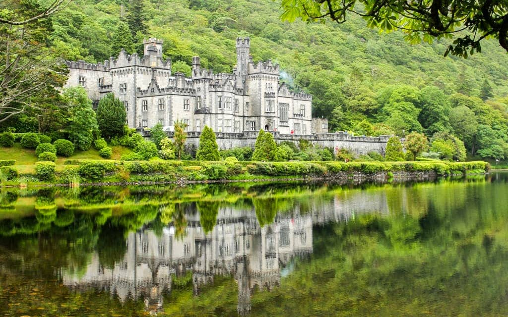 Kylemore Abbey, Ireland. Photo credit: Nicole Wiltrout