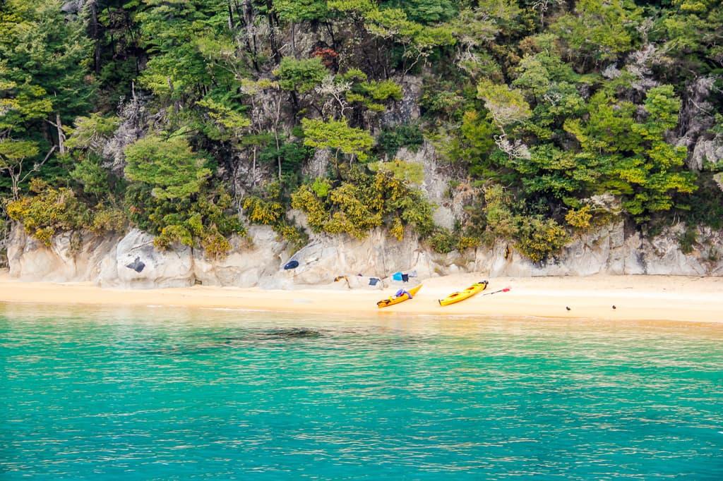 Tasman - New Zealand Road Trip - HoneyTrek.com