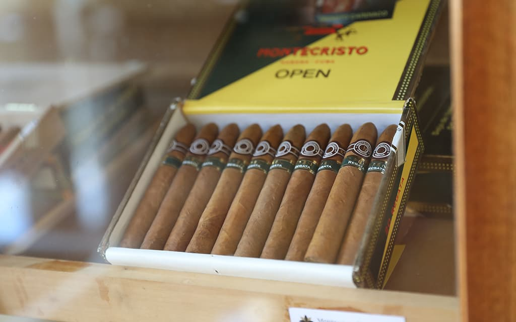 Cigar box station