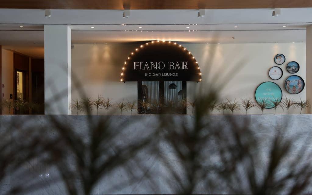 Piano Bar & Cigar Lounge