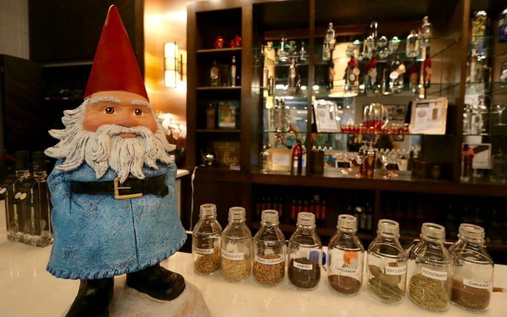 the Roaming Gnome tours a craft distillery