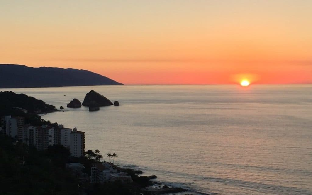 Come along with luxury travel writer Dr. Cacinda Maloney as she explores luxury within luxury - a new concept in a Puerto Vallarta Resort.