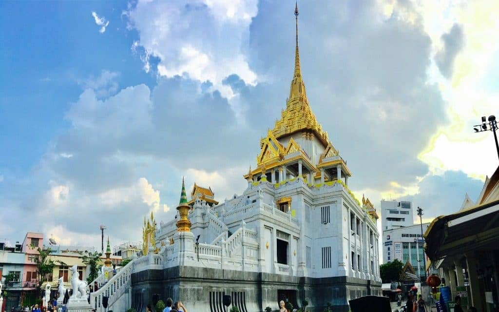 Go Sightseeing in Bangkok safely with Tuk Tuk Hop
