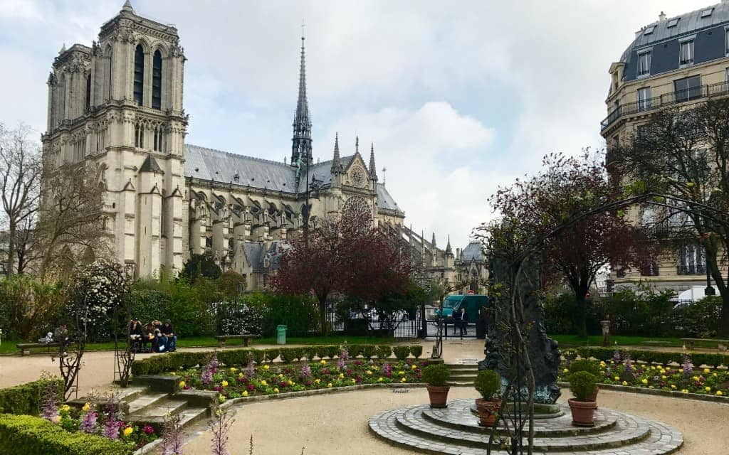 How-to-Save-Time-and-Skip-the-Line-in-Paris-at-Notre-Dame-Travelocity