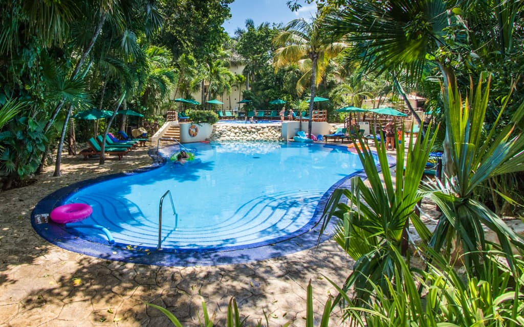 Riviera Maya with Kids - The very quiet Royal Level pool