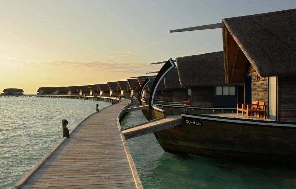 Overwater Bungalows - Cocoa Island Maldives