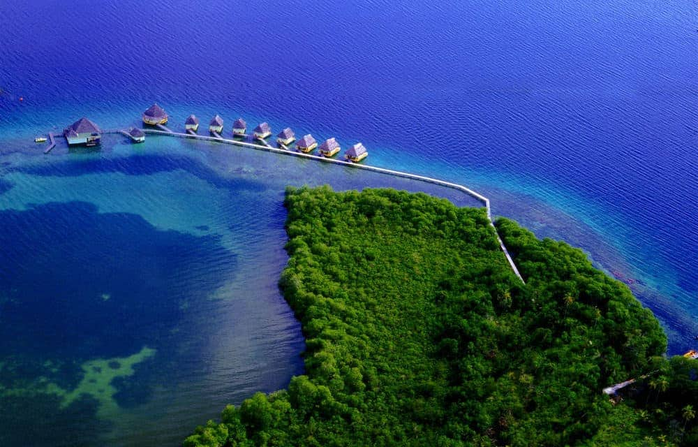 Overwater Bungalows - Punta Caracol