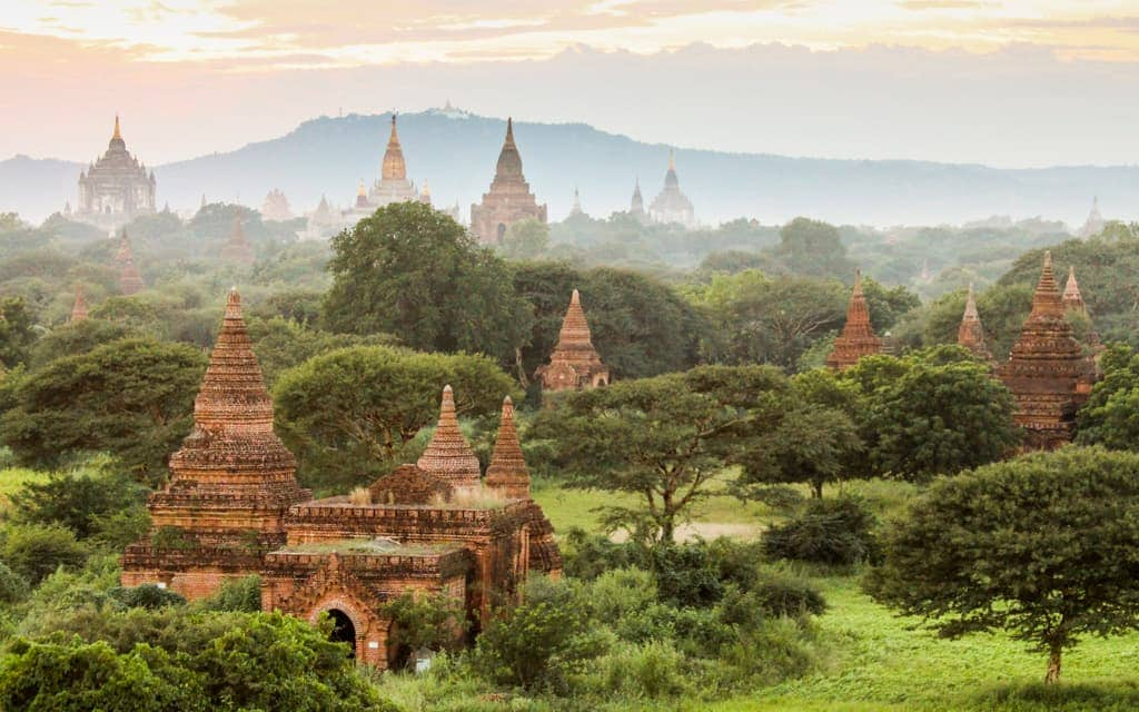 Travel inspiration: Sunset overlooking the temples of Bagan