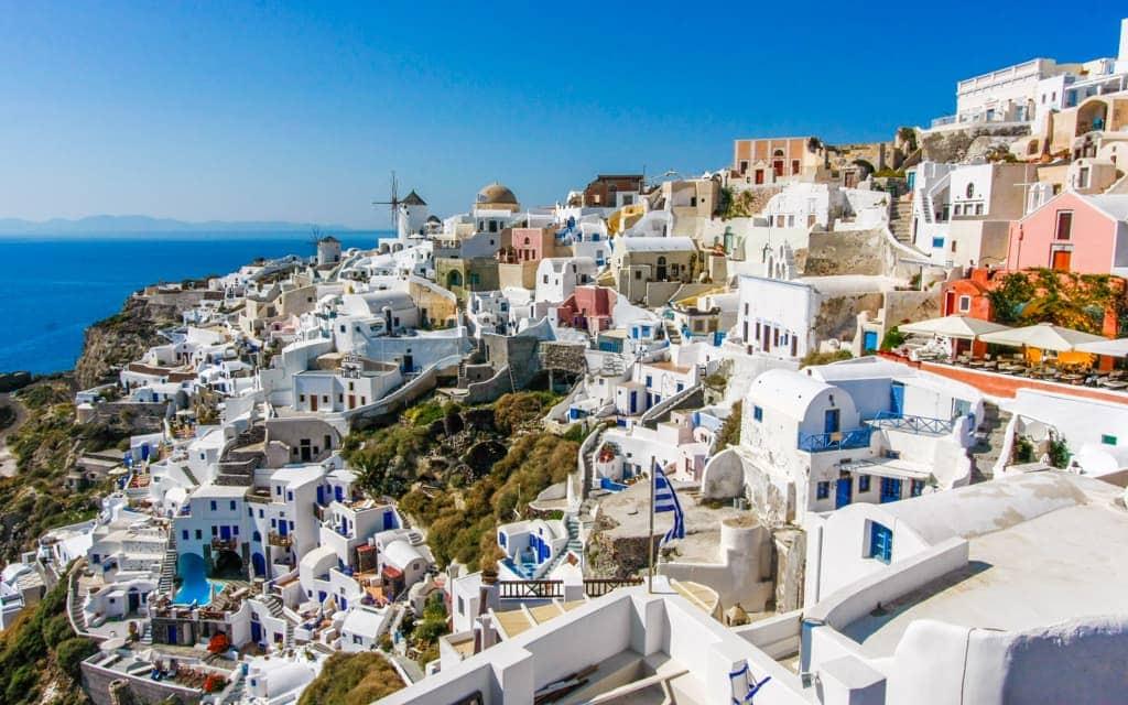 Travel inspiration: The village of Oia, Santorini, Greece