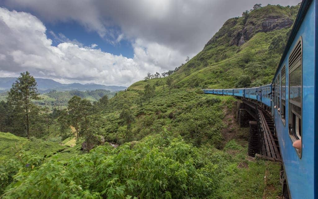 Travel inspiration: On the train between Kandy and Nuwara Eliya, Sri Lanka