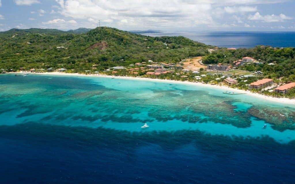 Under-The-Radar Honeymoon Destinations - Roatan, Honduras