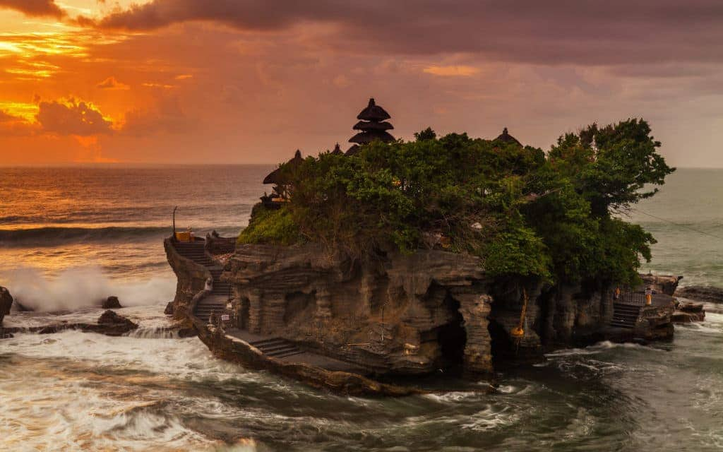 Must do in Bali - Tanah Lot
