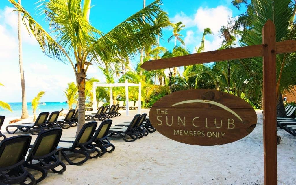 Sun Club Members Only beach area - Travelocity.com