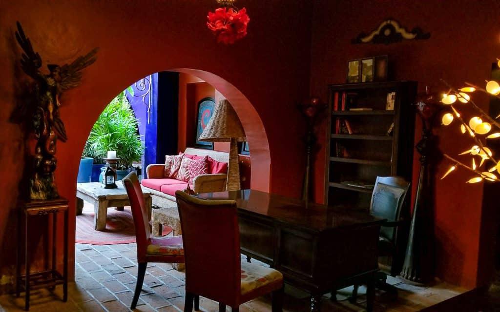 Hotel California La Paz