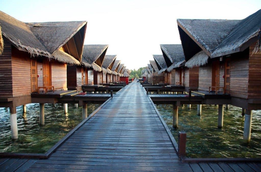 6 Reasons Empty Nesters Should Visit the Maldives