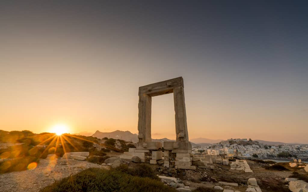 Family Travel 2018: The Portara in Naxos, Greece at sunrise