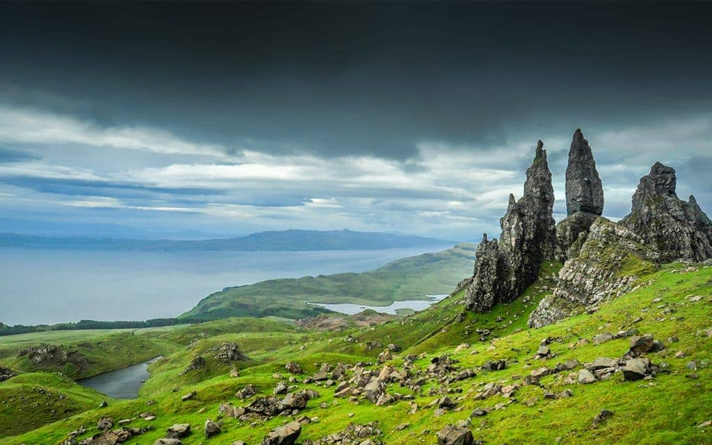 Best Places in Europe to Propose - Portree, Scotland
