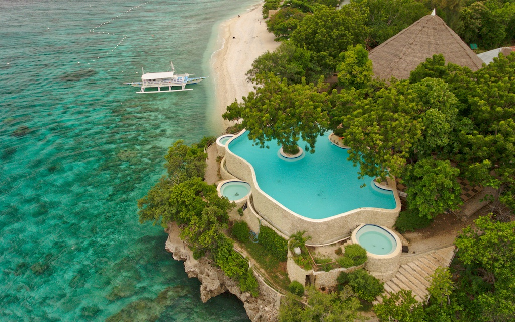 Bluewater-Sumilon-Island-resort-in-Philippines-by-Mike-Shubic