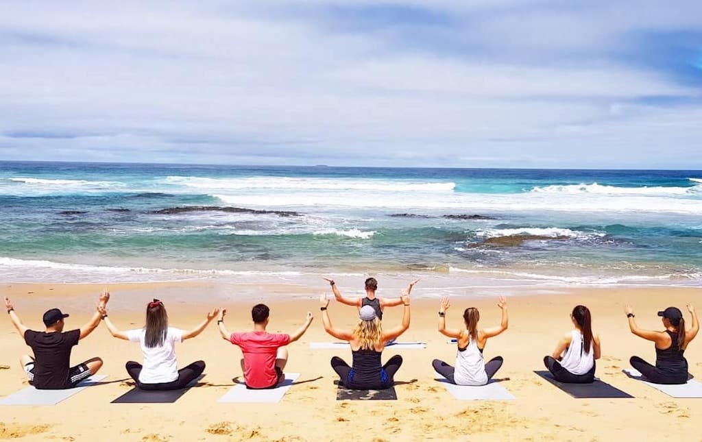 10 Creative Ways To Stay Fit While You Travel