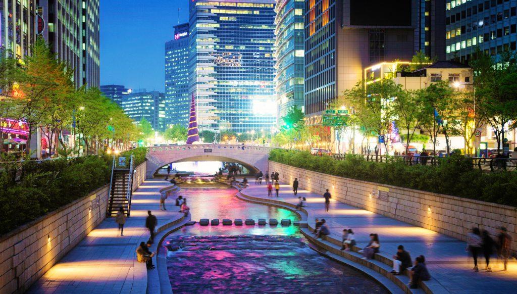 Seoul Cheonggyecheon stream park and bridge at night