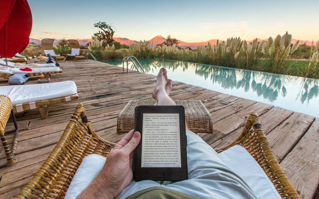 Packing tips: Reading on my Kindle at Chile's Tierra Atacama