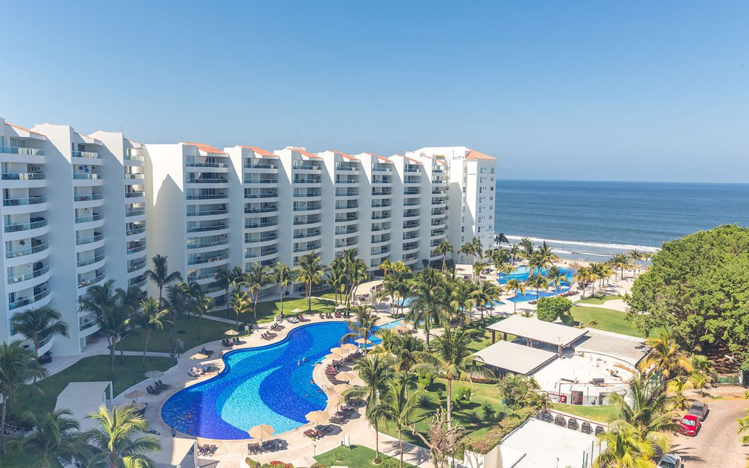 How to Experience a Luxury All-Inclusive Vacation in Puerto Vallarta, Mexico
