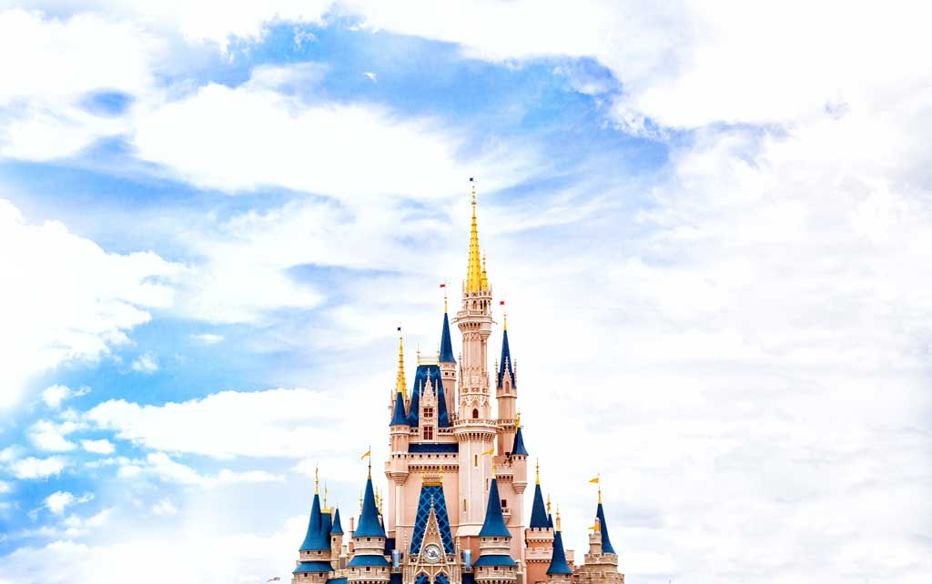 7 Tips for a Stress-Free Trip to Disney with Young Kids