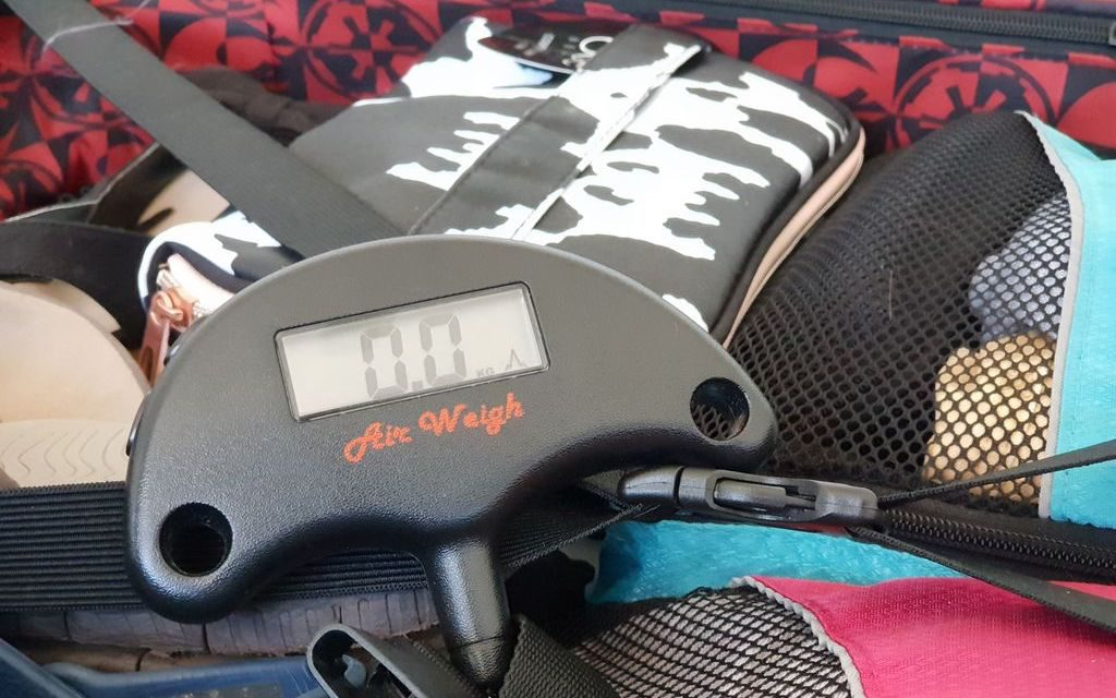 carry on luggage - scales