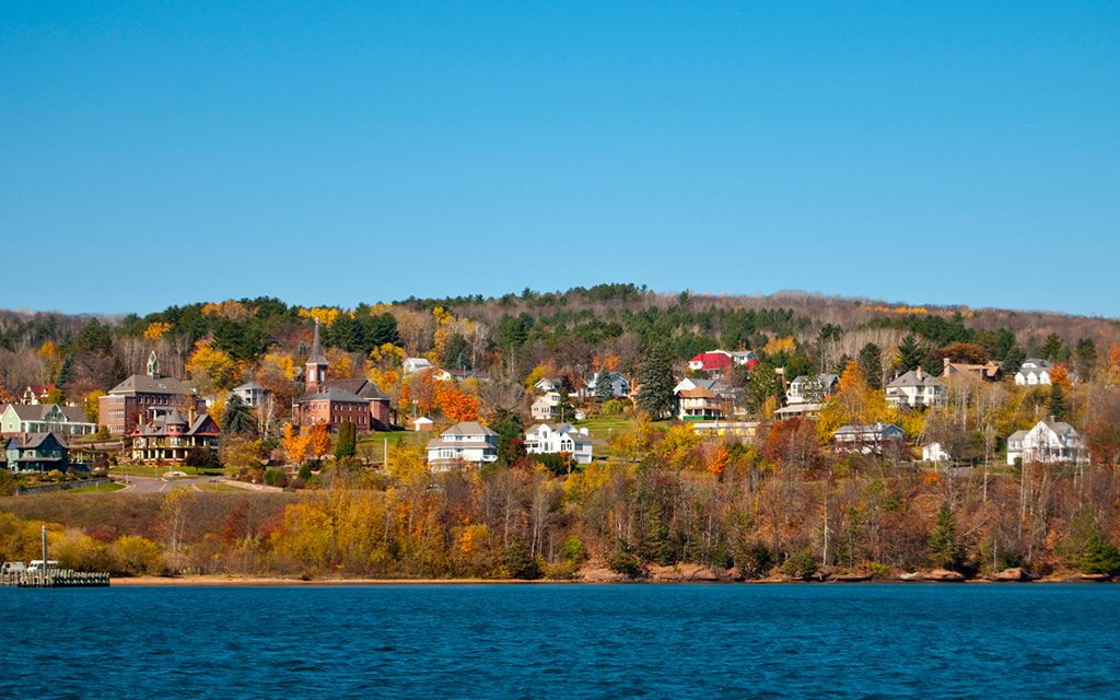 early leaf peeping destinations