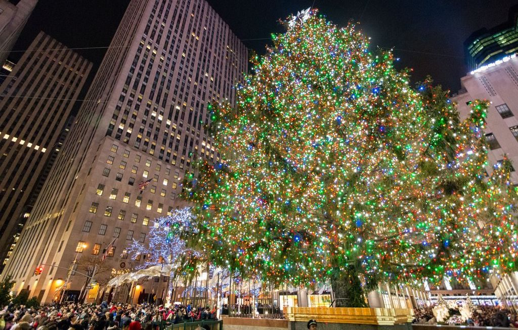 Best Christmas Destinations - New York tree