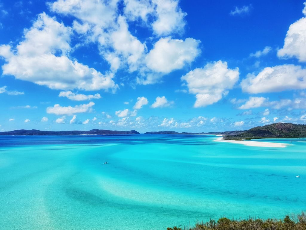 Great Barrier Reef With Kids - Whitehaven Beach