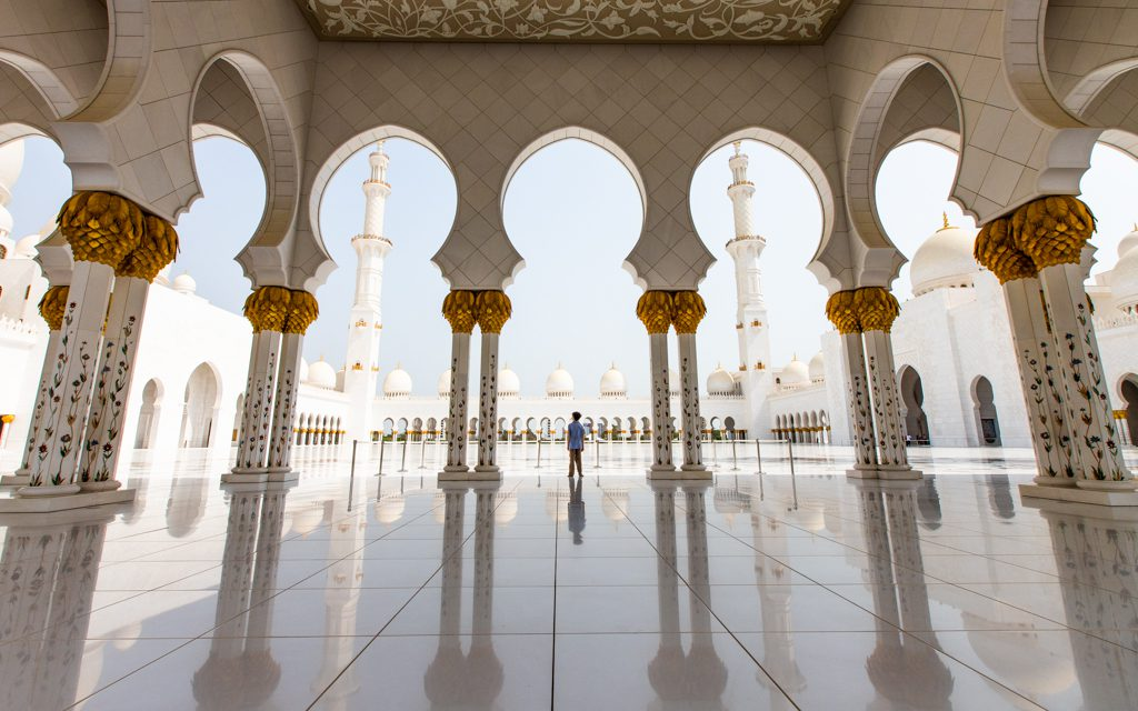Where to travel in 2019 - The Sheikh Zayed Grand Mosque in Abu Dhabi