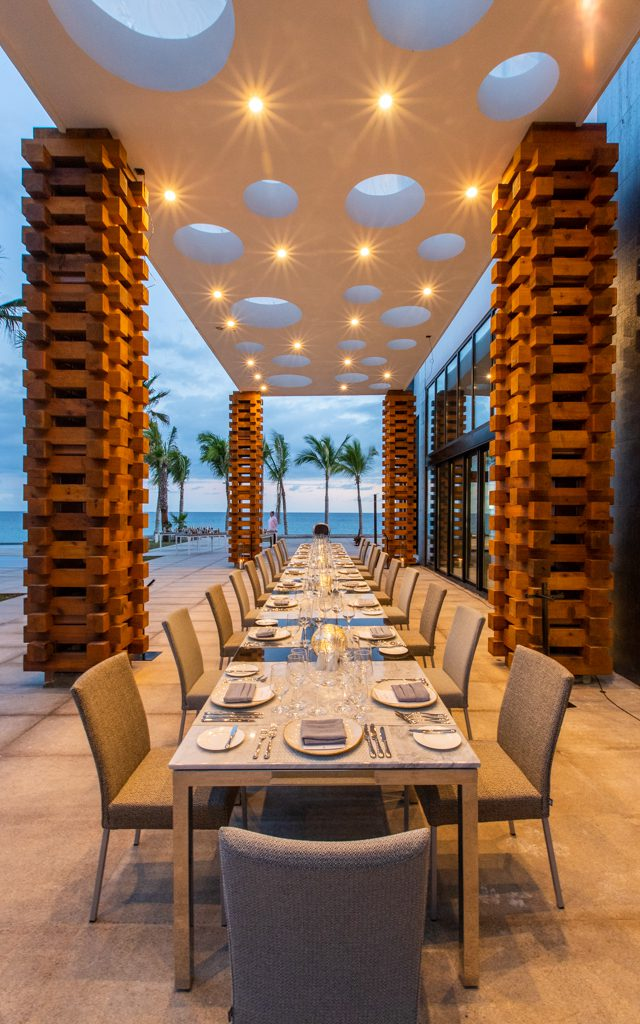 Los Cabos with Kids - Dinner at Garza Blanca is an amazing experience!