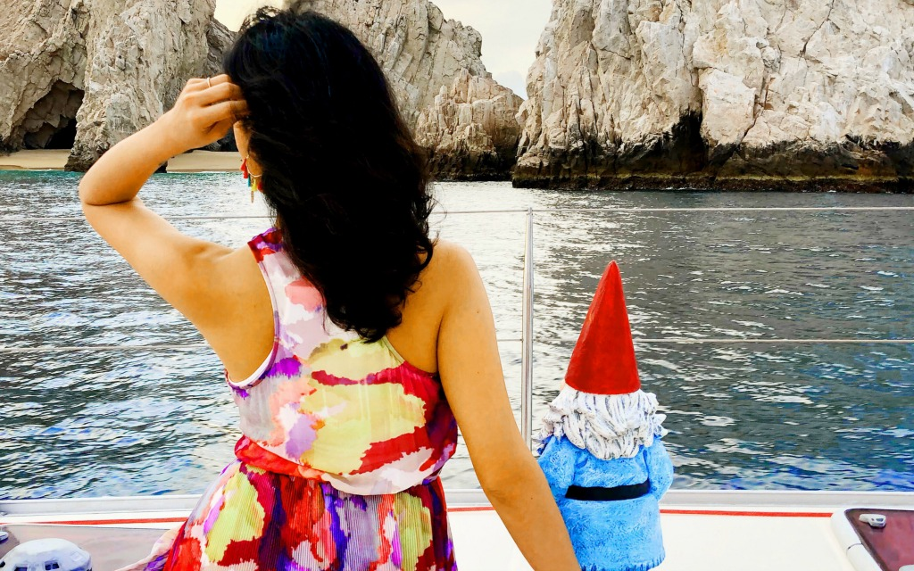 Taking in the view with the Roaming Gnome - Travelocity.com - #Gnomads #GnomadsTakeOverCabo #LosCabos #familytravel