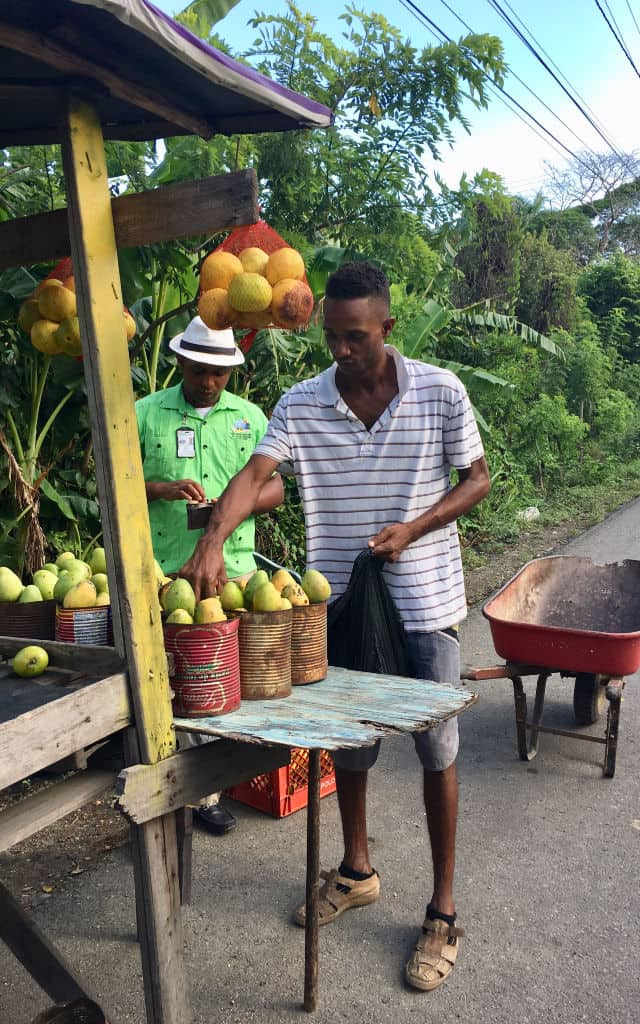Dominican Locals Volunteer Vacation-Kids Are A Trip