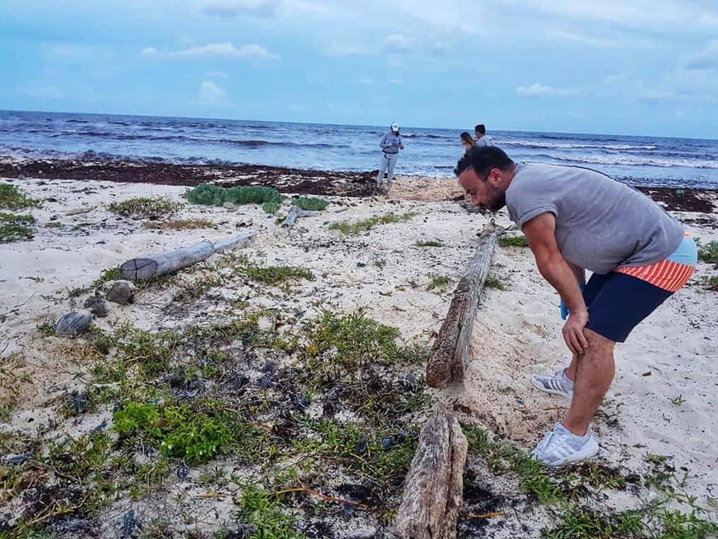 Volunteering on vacation - Watching turtles