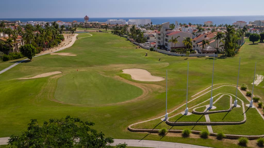 Thinking about a Cabo golf getaway? There aren't many courses in the world as beautiful as those you'll find in this picturesque part of Mexico.