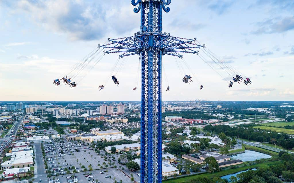 When you think of things to do in Orlando Florida, your first thought is usually the theme parks. Check out these cheap ideas for exploring other areas!