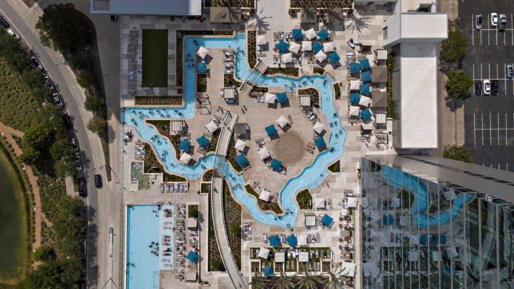 Marriott Marquis Houston, rooftop pool