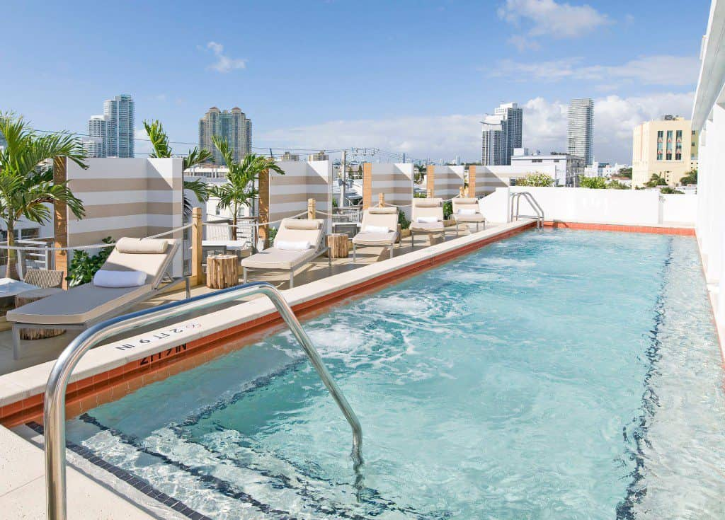 Sense Beach House Hotel, rooftop pool