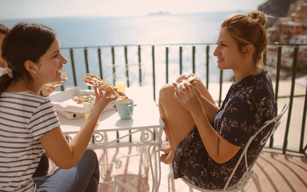 eating in the amalfi