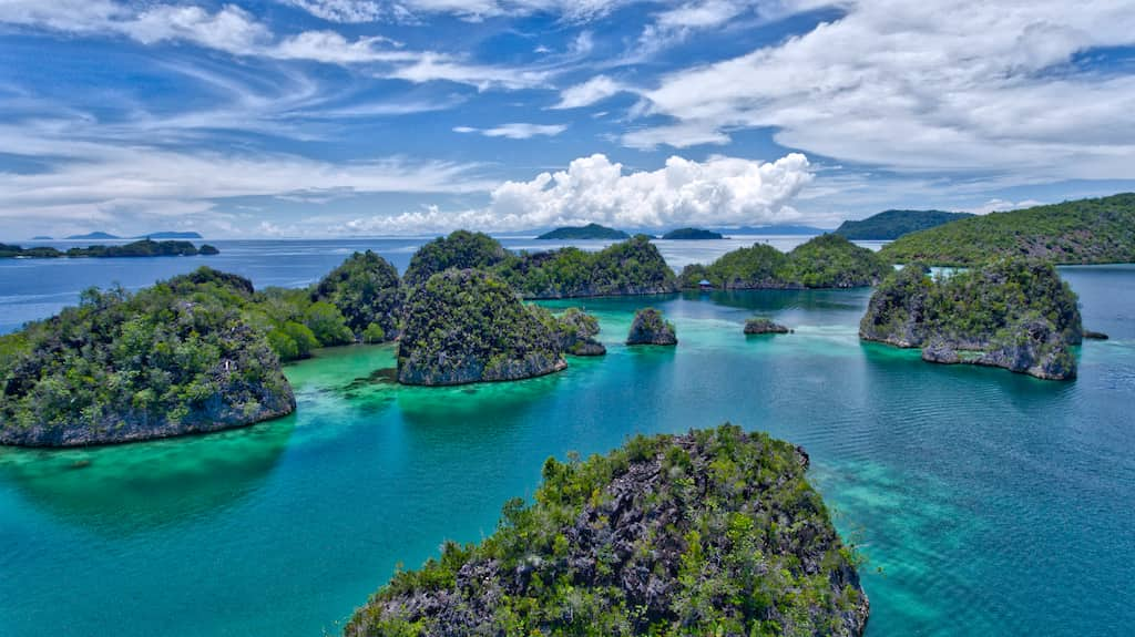 Raja Ampat a place that inspires photography. Photo by: Mike Shubic of MikesRoadTrip.com