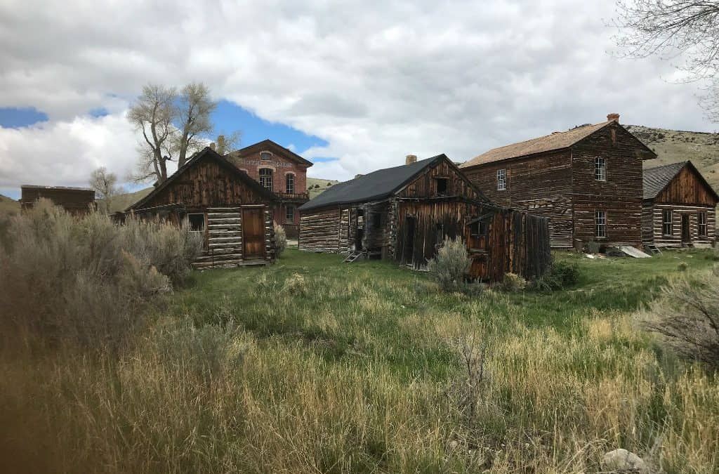 9 super spooky ghost towns to check out now