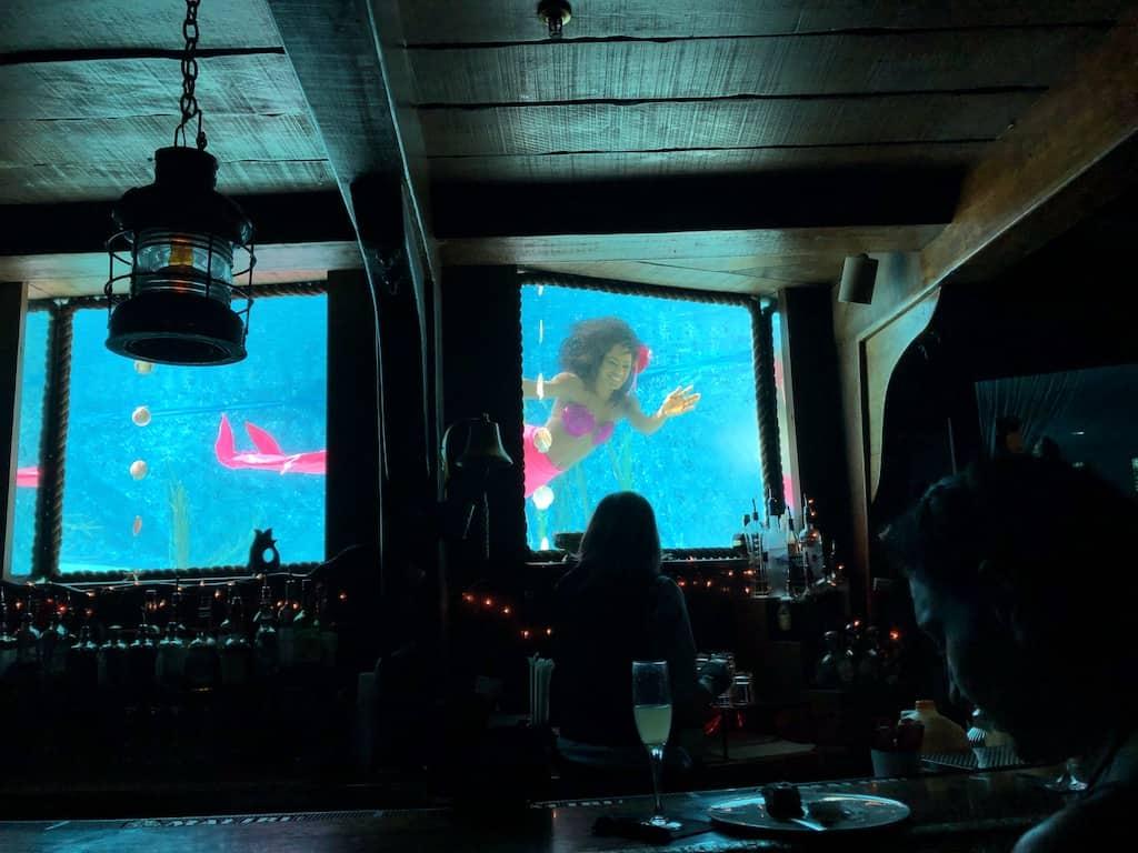 Wreck Bar's mermaid show at B Ocean Resort