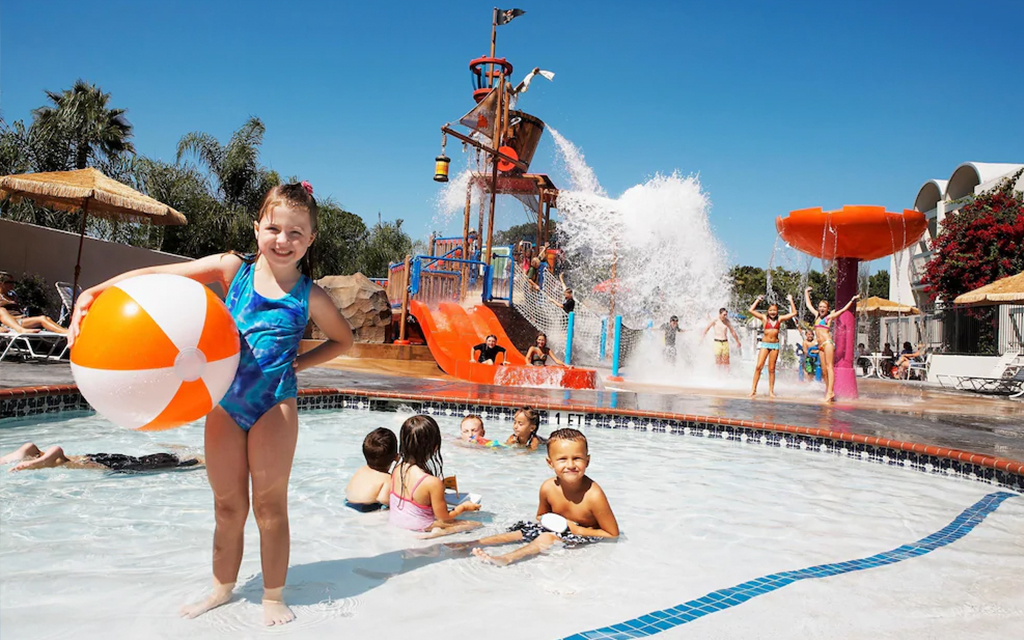 11 resorts with awesome onsite water parks
