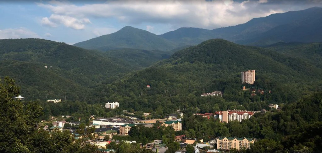 6 family-friendly hotels near Pigeon Forge