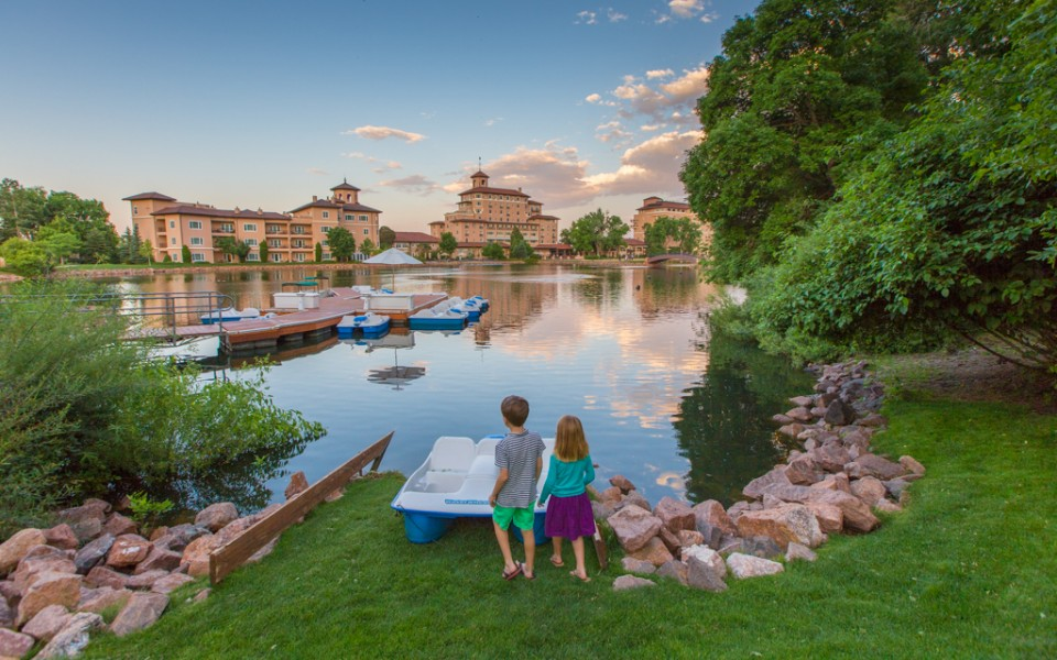 Colorado Springs with Kids - The Broadmoor at sunset. Listen for the bagpipes!