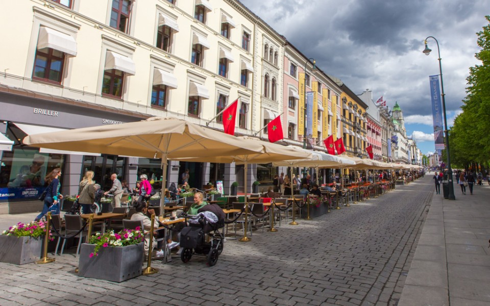 Oslo with kids - Karl Johans Gate in the summer